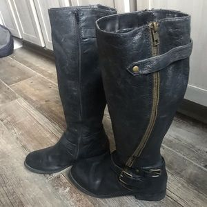 Genuine leather black boots like new